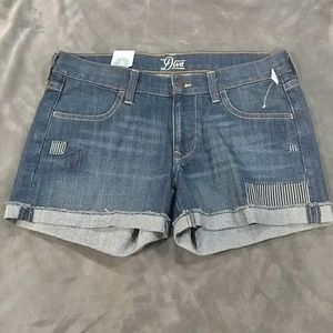 NWT Old Navy Patchwork Cuffed Jean Shorts